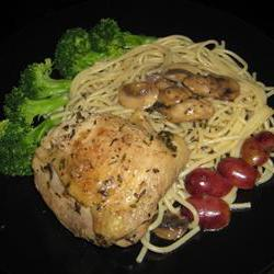 How to cook Chicken with Red Grapes And Mushrooms