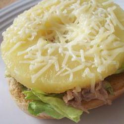 How to cook Hawaiian Tuna Sandwich