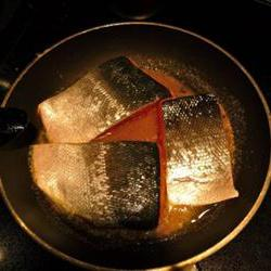 How to cook Salmon with Brown Sugar and Bourbon Glaze