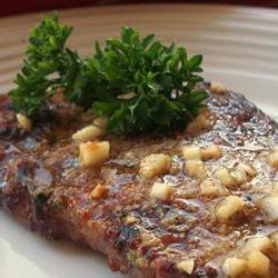 How to cook Sirloin Steak with Garlic Butter