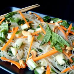 How to cook Vietnamese Rice-Noodle Salad